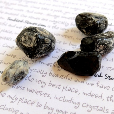 obsidian rough tumbled stones